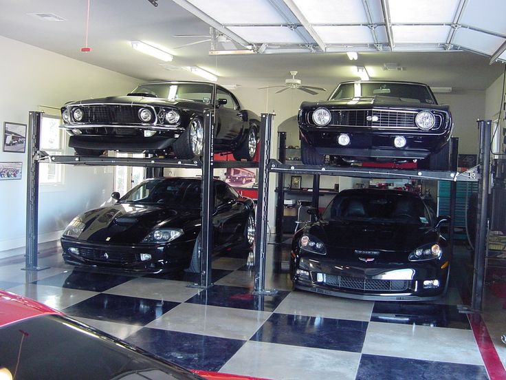 17 best ideas about car garage on pinterest mechanic for Luxury garage interiors