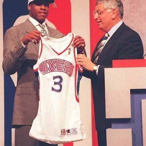 On this date, 20 years ago, the #philadelphia #76ers selected #allen #iverson with the #first overall pick in the 1996 NBA #draft #alleniverson #theanswer #ai #philadelphiasixers #sixersnation #philly #nba #nbadraft #draftnba #basket #basketball #legend #history #retro #vintage #picoftheday #pictureoftheday #like4like #likeforlike #sunday