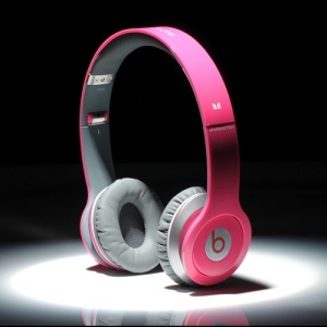 Cheap Beats By Dre,Beats Solo HD headphones by Dr Dre,Best Gifts for Boys and Girls - The Perfect Gift Store