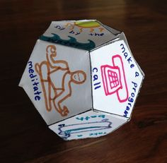 Creative Guide Through the 12 Steps: 12-Sided Recovery Dice