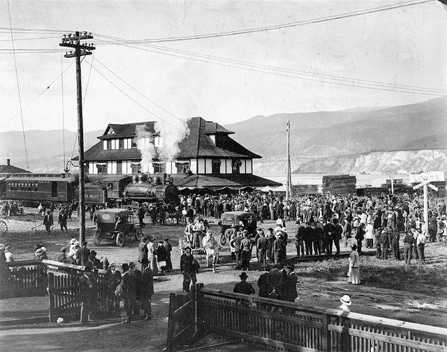train goes through Penticton 1912