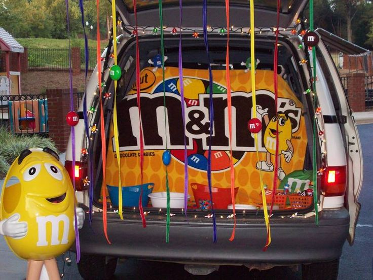 9 best Trunk or Treat ideas images on Pinterest - trunk halloween decorating ideas