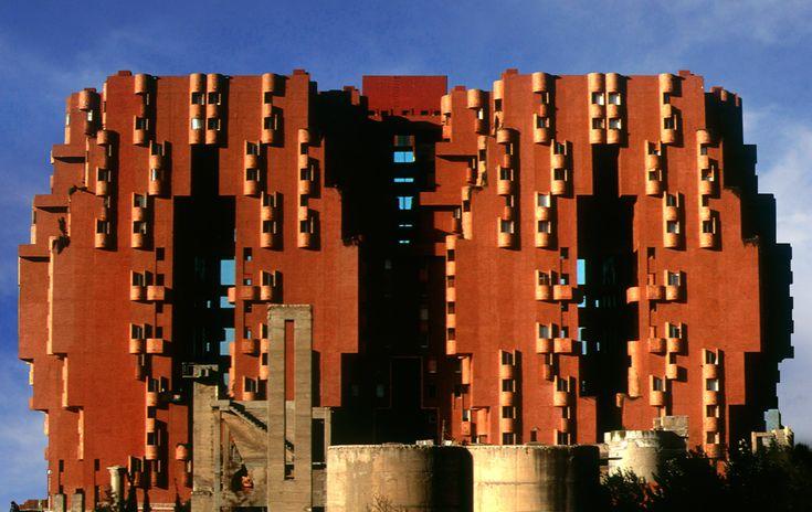 Walden 7 housing complex near Barcelona, by Ricardo Bofill #socialliving #ricardobofill #walden7