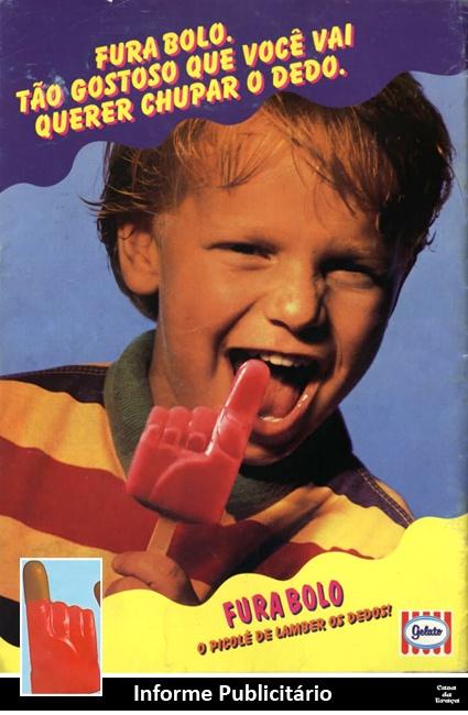 Picolé FURA BOLO, uma mãozinha, sabor morango e pontinha do dedo de chocolate. :)    GELATO, anos 80.