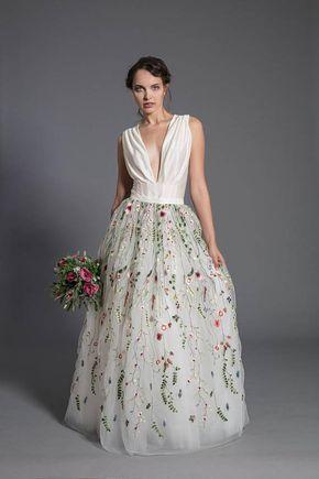 5011418c6ff Floral wedding dress