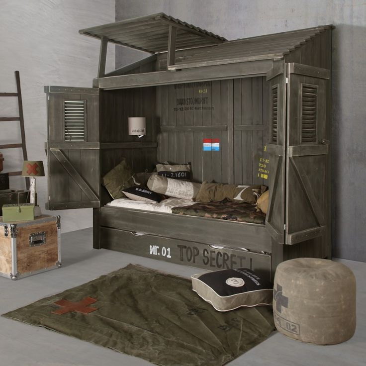 25 best ideas about military bedroom on pinterest army room boys army room and boys army bedroom