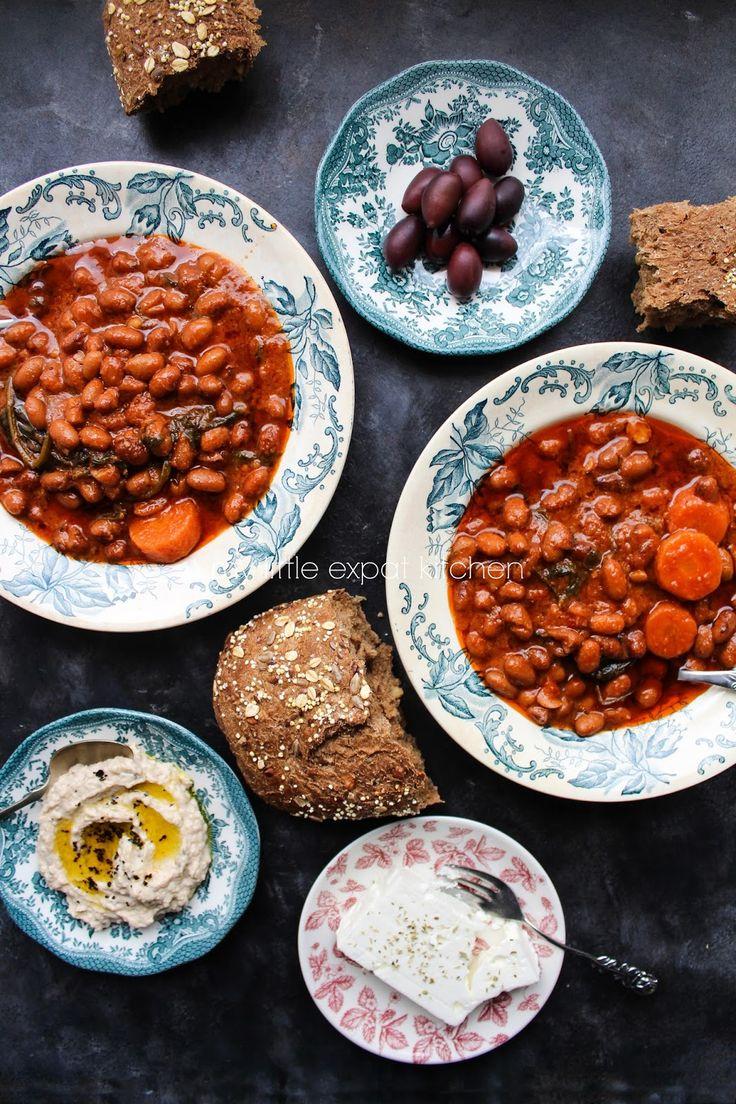 My Little Expat Kitchen: Traditional Greek fasolada