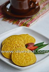 Serabi labu kuning/pumpkin pancake
