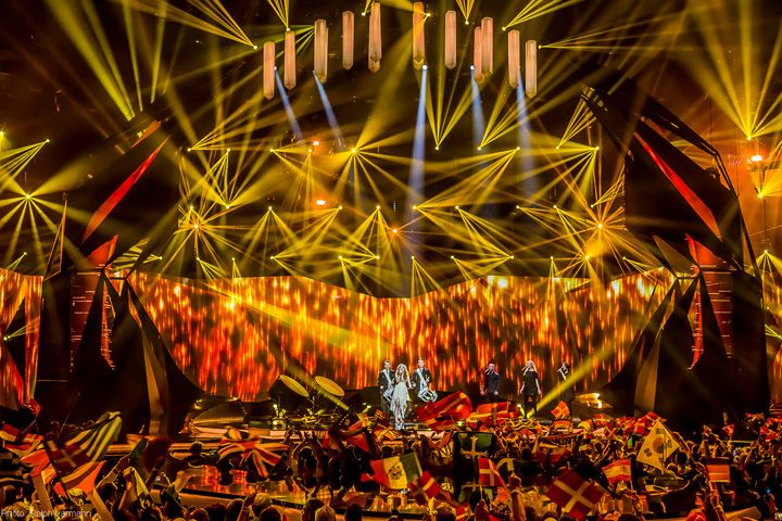 http://www.claypaky.it/media/newsMedia/clay_paky_conquers_the_2013_eurovision_stage_12_L.jpg