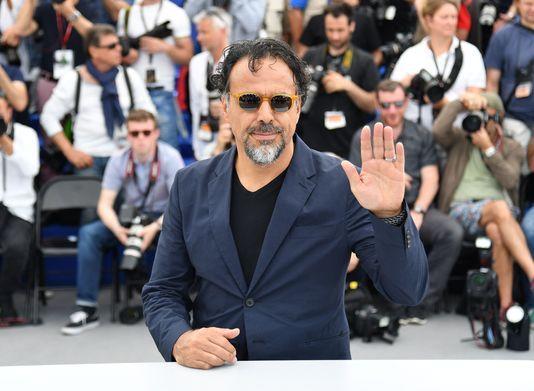 Alejandro Iñarritu récompensé d'un Oscar spécial pour son œuvre sur les migrants En savoir plus sur http://www.lemonde.fr/cinema/article/2017/10/28/alejandro-inarritu-recompense-d-un-oscar-special-pour-son-uvre-sur-les-migrants_5207083_3476.html#jlEDcWmmRr5U4E4M.99 http://www.lemonde.fr/cinema/article/2017/10/28/alejandro-inarritu-recompense-d-un-oscar-special-pour-son-uvre-sur-les-migrants_5207083_3476.html