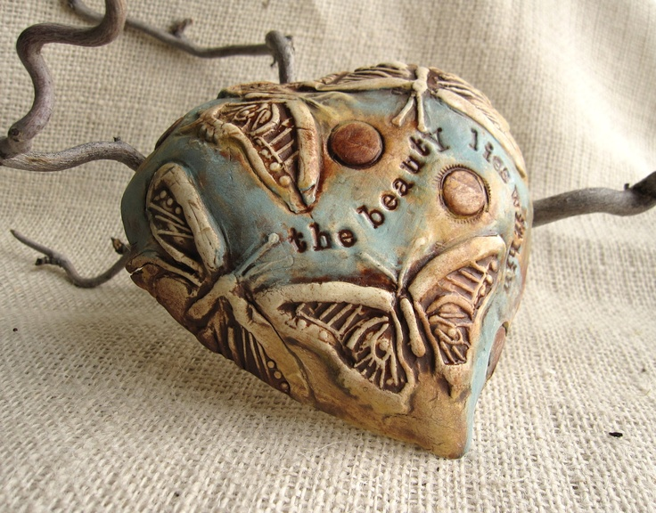 """Heart  Shaped  Wall Plaque with Saying """"The Beauty Lies Within"""" -Gift under 40.00"""