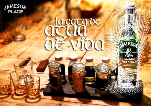 La cata de un whiskey irlandés, Jameson un destilado suave y agradable. En #jamesonplace con un dublinés como embajador de la marca. Puedes ver esta y otras recetas en nuestro blog http://koketo.es o seguirno en twitter @chefkoketo o @Jorge Hdez Alonso
