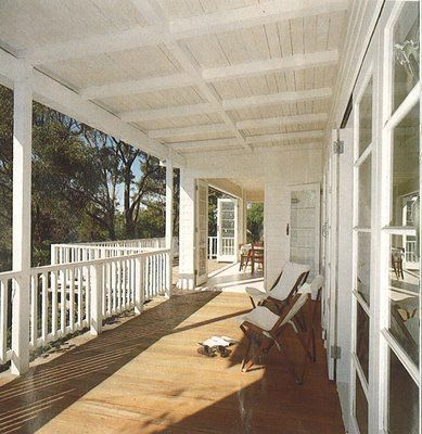This verandah has a classic, airy warm neutral feel to it.