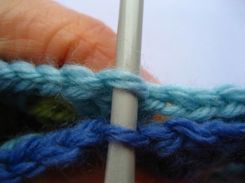 Seamless Method of Joining Granny Squares with Crochet
