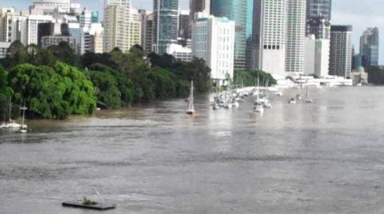Brisbane Floods Video 12 January 2011 | The Travel Tart Blog