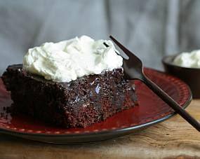 Eritrean Chocolate Rum Cake with Cinnamon Whipped Cream - Eritrean Food - Eritrean Food Recipes