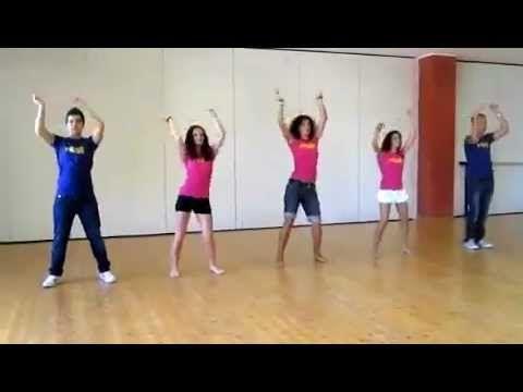 Taniec Waka Waka ; ) - YouTube