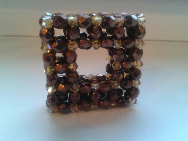 Brown-gold cube