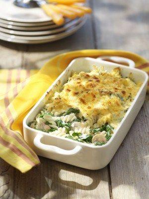 Pastaschotel met paddenstoelen en spinazie · EVA maakt het plantaardig http://www.evavzw.be/recept/pastaschotel-met-paddenstoelen-en-spinazie