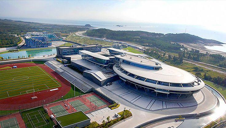 Miliuner China Bangun Pesawat Star Trek 'KW 1' Rp 1,3 Triliun | 29/05/2015 | Jakarta -Mimpi para Trekkie (penggemar berat Star Trek) untuk bekerja di kapal luar angkasa USS Enterprise bisa jadi nyata. Mungkin istilah yang lebih tepatnya 'berkantor' daripada bekerja.Coba saja kirim ... http://propertidata.com/berita/miliuner-china-bangun-pesawat-star-trek-kw-1-rp-13-triliun/ #properti #jakarta