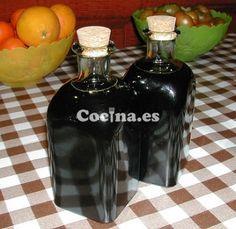 Licor de café casero: http://licor-de-cafe-casero.recetascomidas.com/