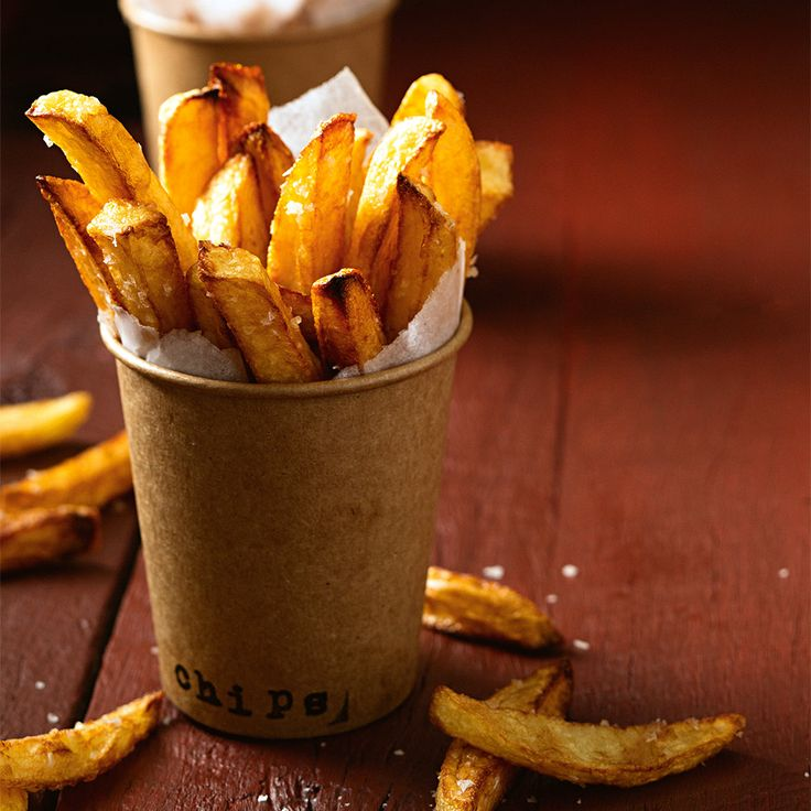 Learn how to make the perfect Hot Chips at home! #HotChips #HamburgerMonth