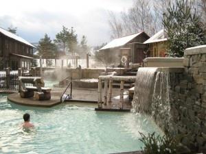 Hot pools at Scandinave Spa Blue Mountain http://www.torontonicity.com/2011/12/07/scandinavian-baths-at-blue-mountain-detoxify-and-restore/