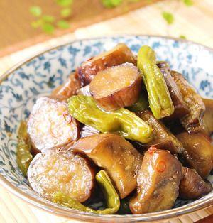 なすは7~9月頃、ししとうは6~9月頃と、両者は旬の時期が重なる夏野菜です。今回はこの2つの野菜を使ってつくる常備菜のレシピをご紹介します。調理しておけば生より長く保存することができるうえに、熱が通って旨味もアップ!旬の美味しい野菜をいつでも食卓に出すことができますよ♪