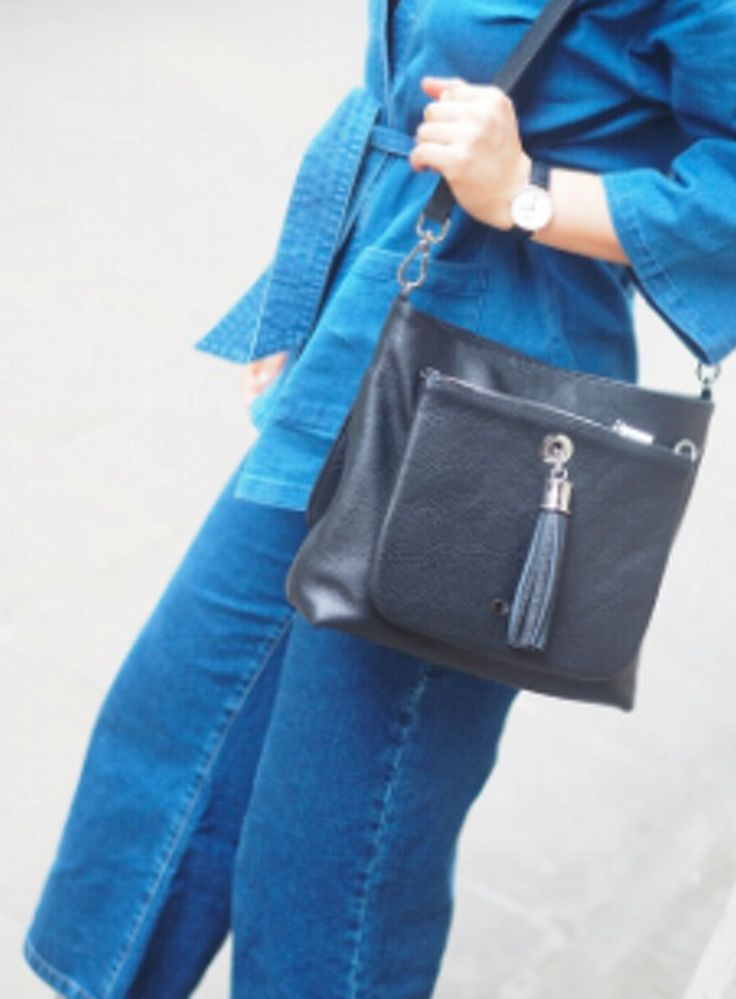 Imogen Hudson looking great with her new Poppy Satchel handcrafted in black Italian Leather.  http://www.vva.co.uk/pages/vva-pr