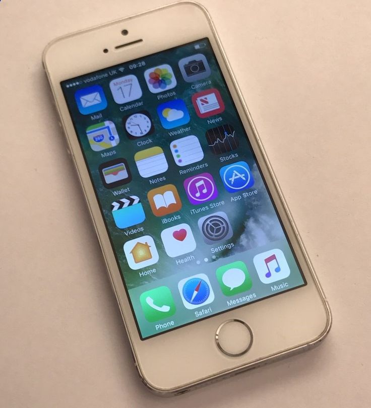 Unlocked Smartphones - Apple iPhone 5s - 16GB - Silver Unlocked Smartphone Very Good Condition