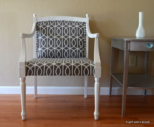 white high gloss chair with mod pattern fabric: Chairs Makeovers, White Chairs, Wood Chairs, 19500, Diy On, Black And White, Solid Wood, Old Chairs, Midcentury