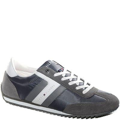 #Sneaker allacciata in tessuto e camoscio grigio.