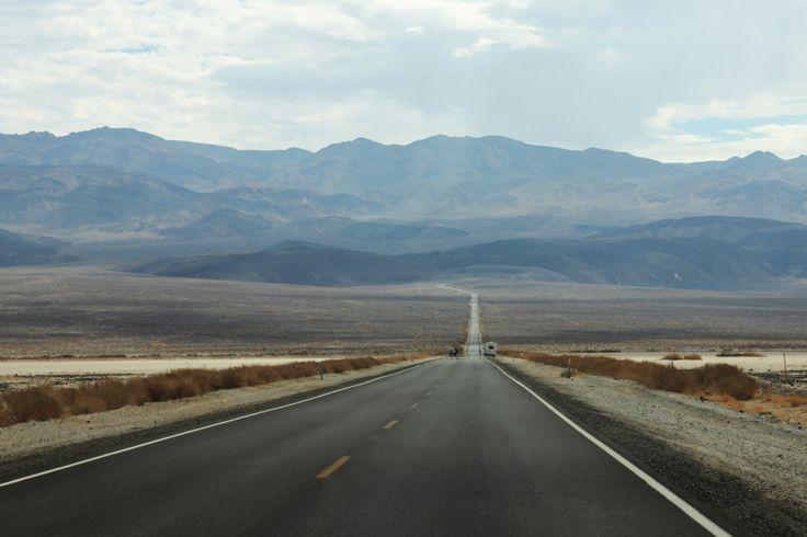 Dolina Śmierci (Death Valley)  California State Route 190, Kalifornia, USA