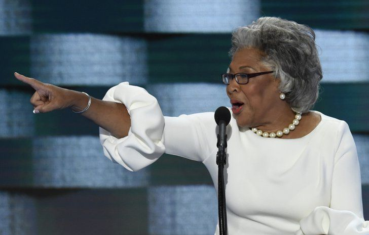 Pin for Later: Joyce Beatty Swooped Into the DNC Wearing Melania Trump's Dress — Like a Boss Joyce Beatty Wearing the White Roksanda Dress at the DNC