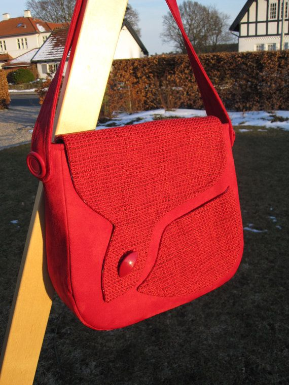 Red Sudbury saddle bag sewn from imitation su�de