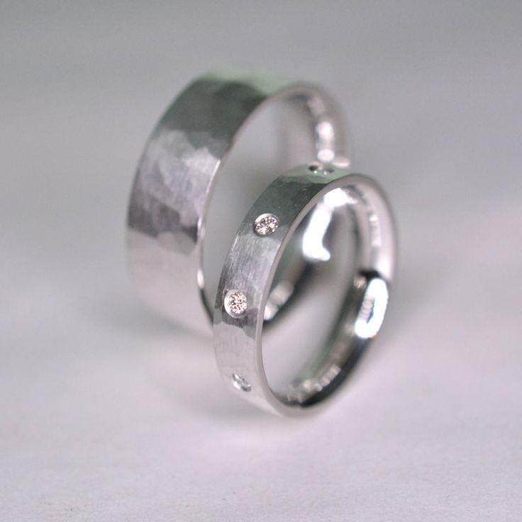 Silver weddingrings with 9x 0,02ct diamonds vvs color d-f