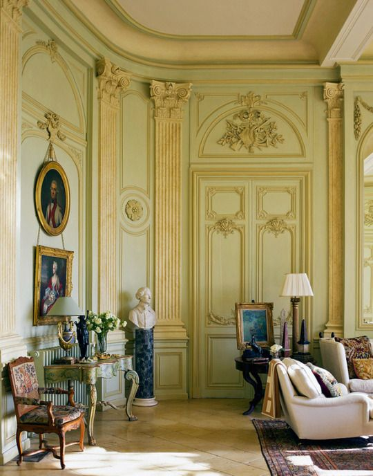 17 best images about perfect interiors on pinterest for Classic house french kiss