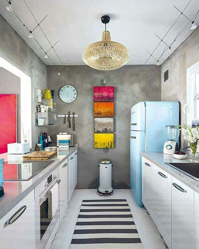 Para quem ama cimento queimado em ambientes, olha que cozinha linda.