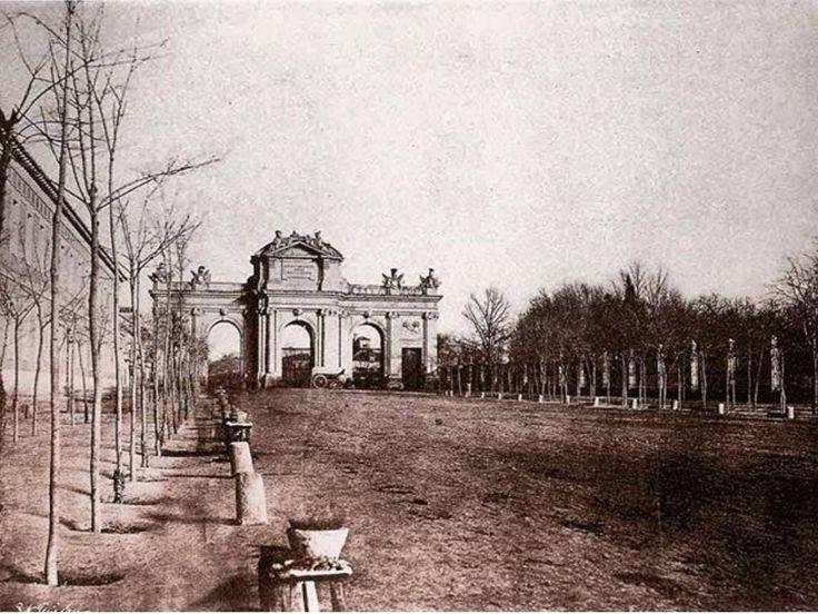Puerta de Alcalá. 1860