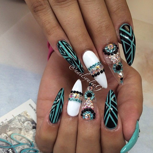 Hate stiletto style nails, but love the colours