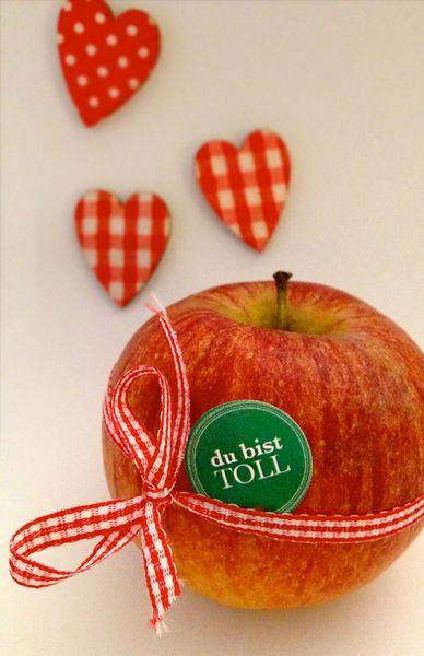 Frucht Sticker, 96 Aufkleber mit Liebe, Schulan... von PAP-SELIGKEITEN – Schönes auf Papier auf DaWanda.com