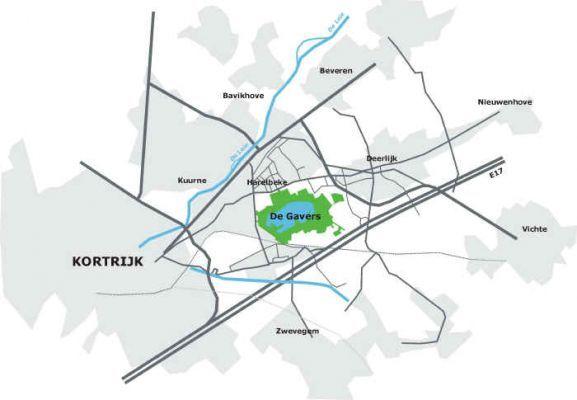 """Ⓙ Provinciedomein """"De Gavers"""" , Eikenstraat 131 , Harelbeke. Wegbeschrijving: Vanaf de E17 neem je afrit 4 (Vichte - Harelbeke - Deerlijk). Je volgt de N36 richting Deerlijk tot aan het derde kruispunt met verkeerslichten.Hier ga je linksaf de Kortrijkse Heerweg op, tot aan het rond punt. Vervolgens ga je linksaf de Stasegemsesteenweg op, tot je een 500-tal meter verder opnieuw linksaf gaat in de Eikenstraat. Je volgt het bordje Koutermolen tot op parking zuid."""