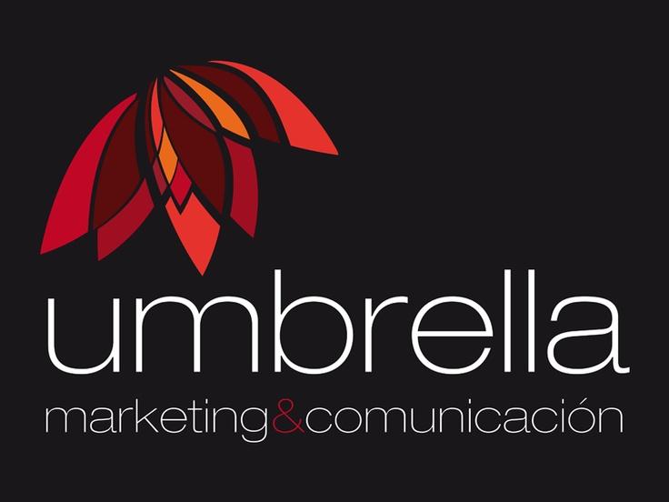 El logo de Umbrella me encanta. Es obra de Zoe, y me siento tan identificada en el color y en las letras...