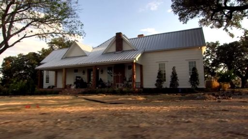 Fixer Upper Extras: Down on the Farm With Chip