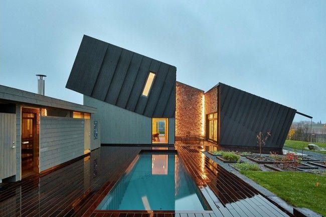 Maison design toit en pente