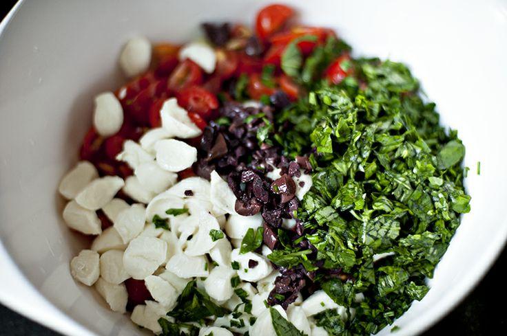 savory sunday // tomato and herb pasta salad | Shuttersmack