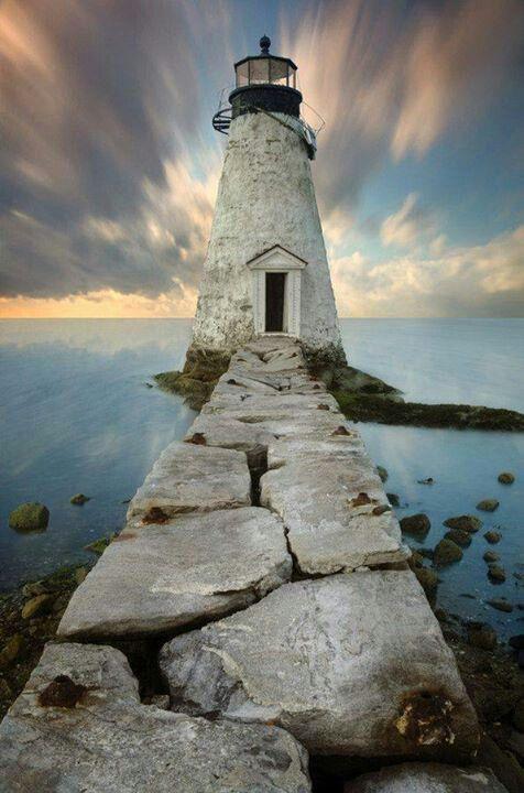 Palmer island lighthouse . Massachusetts