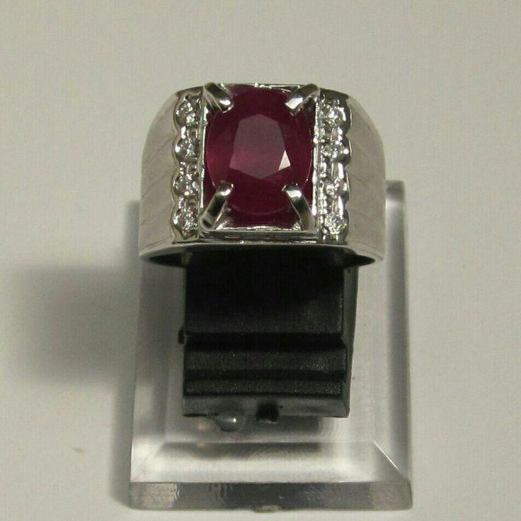 Ruby white gold diamond ring