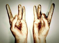 Skús tieto jednoduché držania prstov a zmeň tým svoj život.