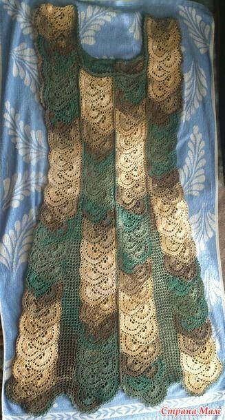 Здравствуйте, дорогие странамамочки!  Разрешите представить вашему вниманию мое новое творение, а именно платье, связанное ленточным кружевом.